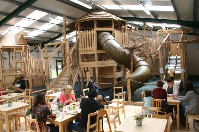 The treehouse is a must visit destination on winter days. Enjoy a cake and coffee while the children play