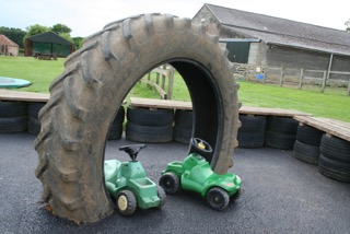 ride on tractors - under 5s
